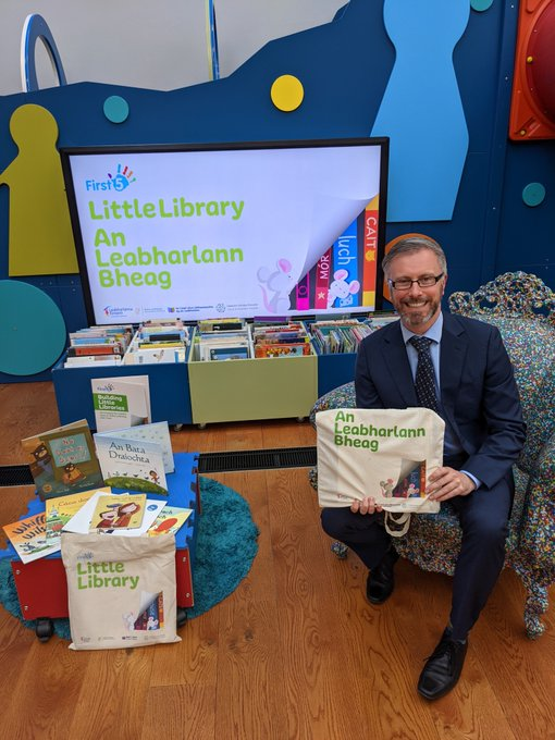 Roderic at launch of Little Library'